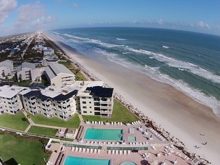 Perfect Oceanside Vacation in Fully Equipped Newly Renovated Condo