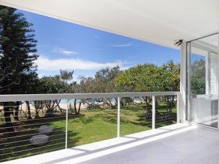 Luxury Beachfront - The Ultimate Beach House