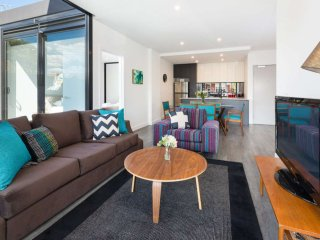 Executive 3BR Caulfield North