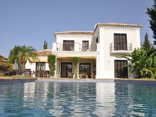 Andalucian Holiday Villa with swimming pool