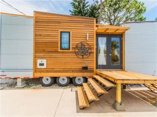 Tiny House Siesta - Dragonfly- Tiny house that offers a front and rear deck!