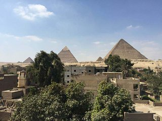 3 Pyramids view apartment