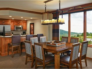 Steamboat Springs 2 BR Premium Condo w/Skiing, Full Spa, Game Room & More!