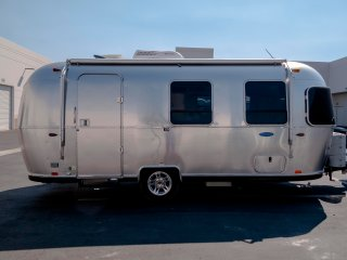 Airstream rental for Delivery /Glamping Made Easy
