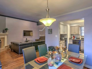 NEW! Ideally Located 3BR North Dallas Townhome!