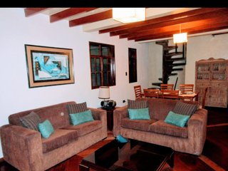 MIRAFLORES, EXCELLENT PRICE - ENGLISH STYLE BIG DUPLEX