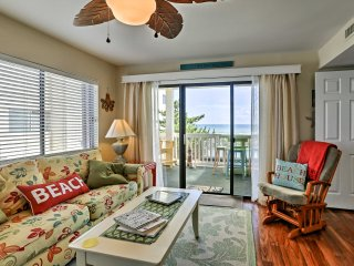 1st-Floor Condo w/Carolina Beach & Boardwalk View