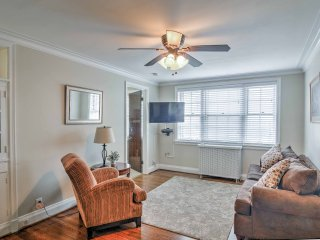 NEW! Chic Niagara Falls Apt Near Trolley Stop