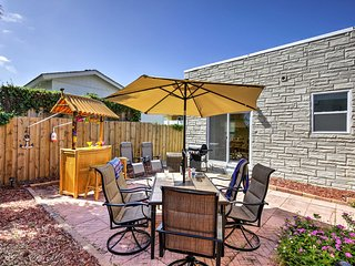 Private Daytona Beach House w/Bar - Walk to Beach!