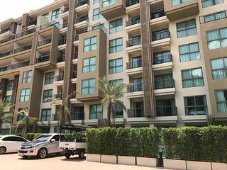 One bedroom condo in City Garden Tropicana Wongamat