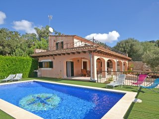 BEAUTIFULL COUNTRY HOUSE WITH SWIMMINGPOOL IN SINEU