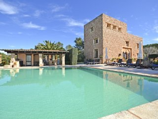 TORREON - Country house with swimming pool close to the sandy beach in Alcúdia