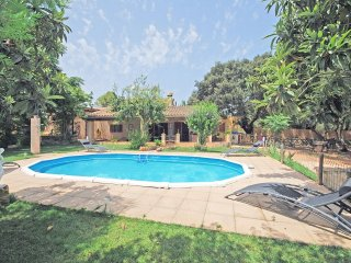 COUNTRY HOUSE WITH SWIMMINGPOOL AND BIG PRIVATE GARDEN IN SINEU