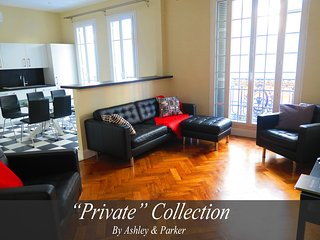 NEW!!!!! -PALAIS ARNULF- Apartment of 115m2 in the heart of Nice with 3 bedrooms