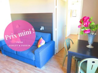 Ashley&Parker - FLEURS TERRASSE - Studio with large terrace in central location