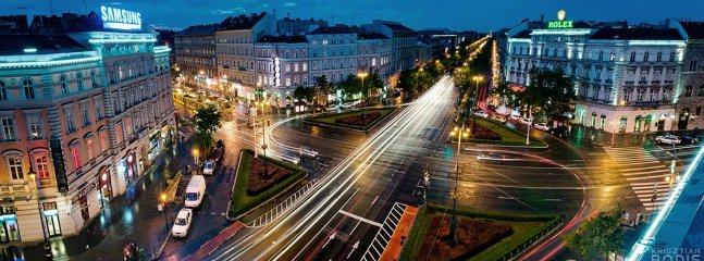 Oktogon square