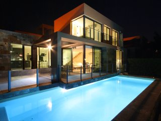 Villa with private pool Salobre Villas Deluxe I