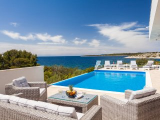 Modern waterfront luxury villa for rent, Korcula