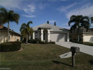 4 Bedrooms 1.5 Miles To Beach! 2200 Sq Feet. New Heated Pool/Hot Tub