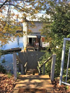★Urban Houseboat Experience★Private Dock★ Parking★