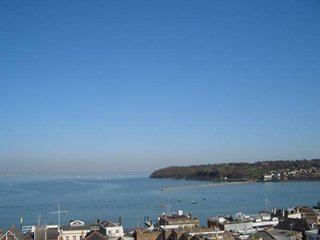 Cliffhanger, Cowes - Beautiful Period Property with stunning seaviews