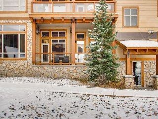 Aspens 3101 a luxury vacation rental in Big White Mountain, British Columbia