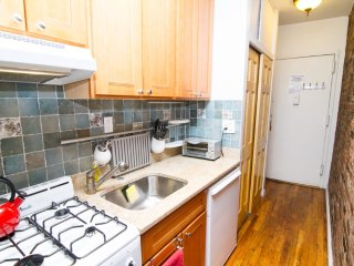 Exclusive! - Gramercy # 2 (3A) - 262460