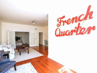 Authentic French Quarter Home With Exquisite Details Sleeps 12, Steps To Bourbon
