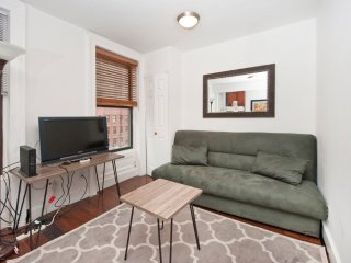Exclusive! - Charming 2Br In Midtown East (7781) -