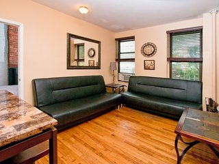 Lovely 3 BR on Times Square