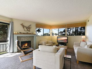Great Cayucos Beach Home 2 Blocks to the Beach! Pet Friendly!