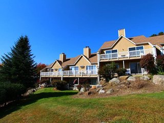 Mountainside Resort at Stowe - 4 Season Resort w/Hot Tub, Sauna, Tennis, & more!