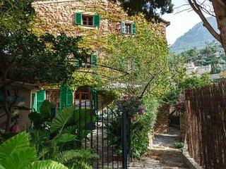 Casa en el centro de Deyá