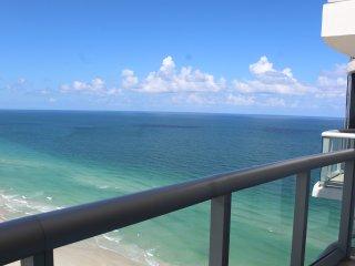 Marenas Resort Sunny Isles  Beachfront 1/1 Penthouse 26 Floor