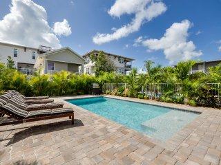 Casa Tegula – 4BR/3BA Private Home, Heated Pool, Private Cabana, Walk to Beach
