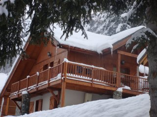 Chalet Clementine, free Wi-Fi available.