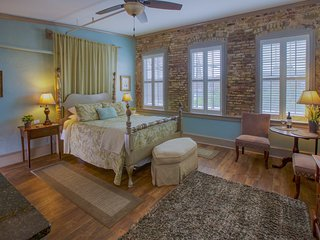 Best Location - On Market Street in Historic Downtown Charleston!