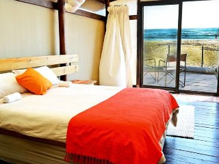 Ponta Beach Camps En-suit Beachfront Unit 3