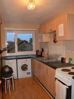 Fully equipped kitchen with dishwasher, fridge/freezer, oven, stove, toaster, kettle