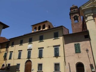 2 bedroom Apartment in Pisa, Tuscany, Italy : ref 5240816