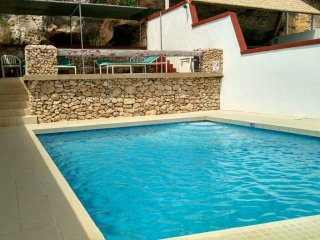 Merill Apartment B in Mellieha with Balcony, Shared Pool, Views and Free WiFi