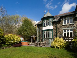 Bracken Howe - Elegant 5*Gold Visit England Victorian house in central Ambleside
