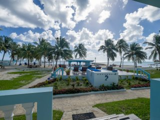Sunset Beach - A3 - Pool/Beach View, Kayaks, Bikes & More.  Paradise Awaits!