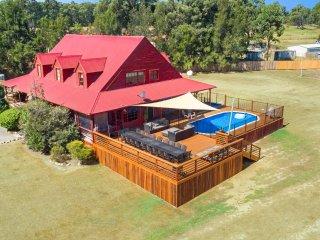 Hunter Valley Lodge & Retreat | Magnificent Lodge