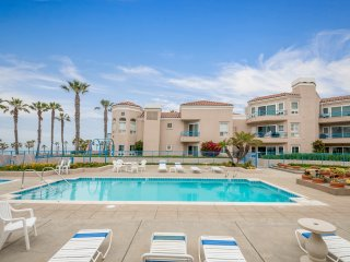 Ocean View with pool Best Deal in Oceanside 400 N. Pacific #213