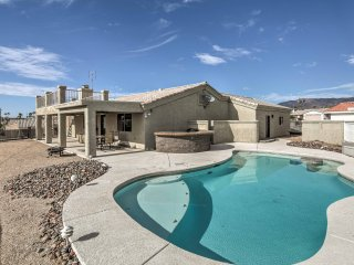 NEW! Contemporary Home w/Views of the Lake Havasu!