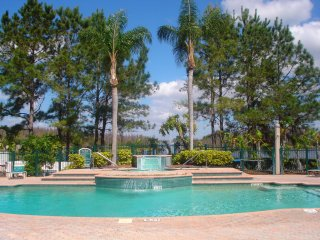 Tampa Bay - close to golf courses, beaches & Disney World