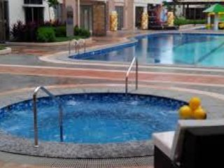 Furnished, Great Amenities, Secured and Located in a Vibrant Urban Centre