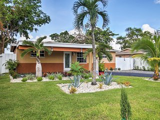 NEW! Quiet 3BR House on a Lake Near Ft Lauderdale!