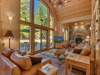 Tippy Canoe - Stunning, Luxury 4 BR on the West Shore with Hot Tub & Sauna